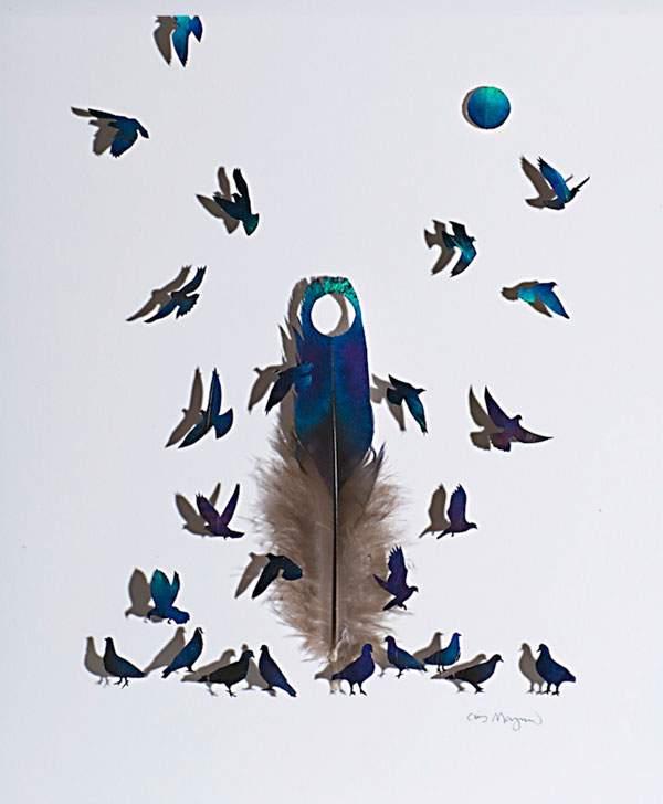 鳥の羽を鳥の形に切り抜いたアート作品 - 04