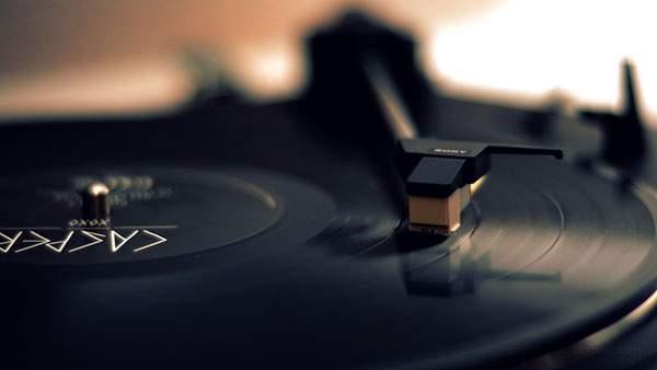 レコードと音楽