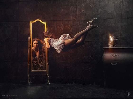 ドレスを着た女性の無重力写真作品 - 04