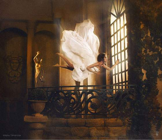ドレスを着た女性の無重力写真作品 - 08