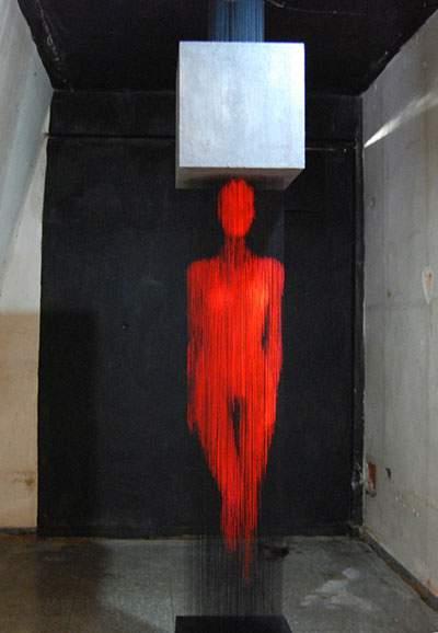 蛍光塗料を塗った糸のアート - 02