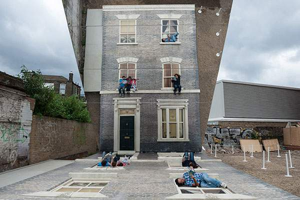 ロンドンの巨大トリックアートセット - 03