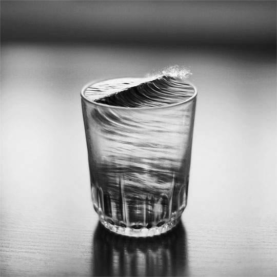 幻想的で独創的なモノクロ写真作品 - 02