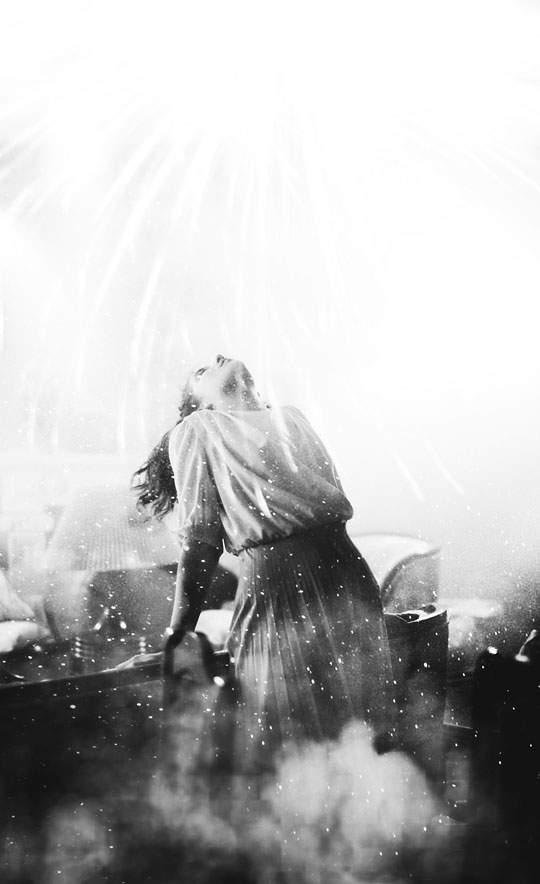 幻想的で独創的なモノクロ写真作品 - 07