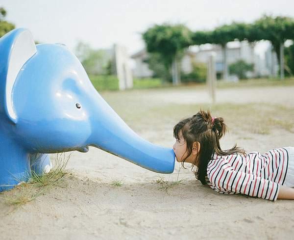 小さな女の子のキスを撮影した写真プロジェクト - 02