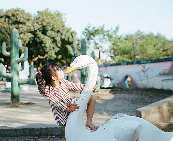 小さな女の子のキスを撮影した写真プロジェクト - 07