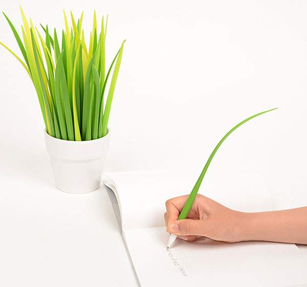 これちょっと欲しいかも!観葉植物風デザインのペン立てと草のペン - 02