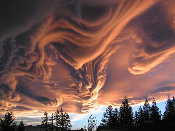 有り得ない形の雲の画像集 - 06