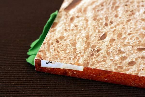 ページをめくると具がぎっしりな本のサンドイッチ - 07
