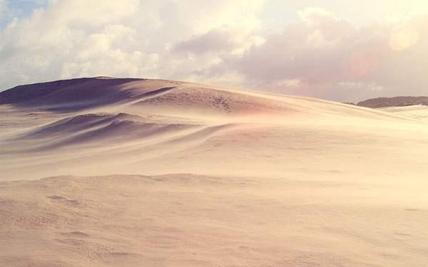 一面砂の景色が美しい高画質な砂漠の写真壁紙