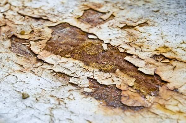 錆び付いて剥がれ落ちた金属の表面のテクスチャー画像 - 01