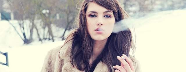 「タバコ 女 フリー画像」の画像検索結果