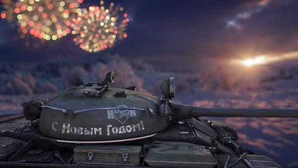 花火をバックに戦車を撮影した綺麗な写真壁紙画像