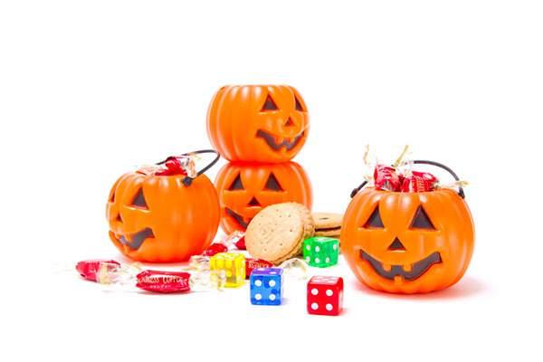 ハロウィン用のカボチャとお菓子