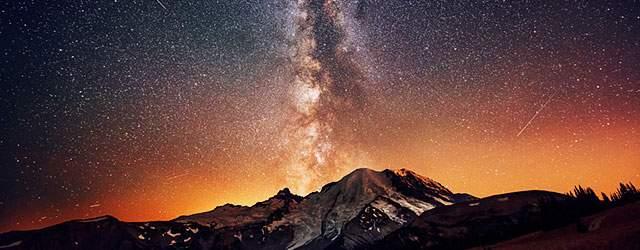 噴火した星空