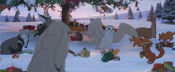 そしてクリスマス当日。森のみんなはとっても楽しそう。…だけどクマの姿はありません。