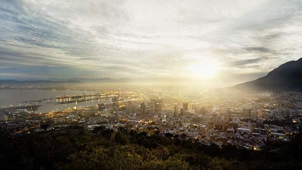 朝日に照らされるビル街を撮影した美しい写真壁紙画像