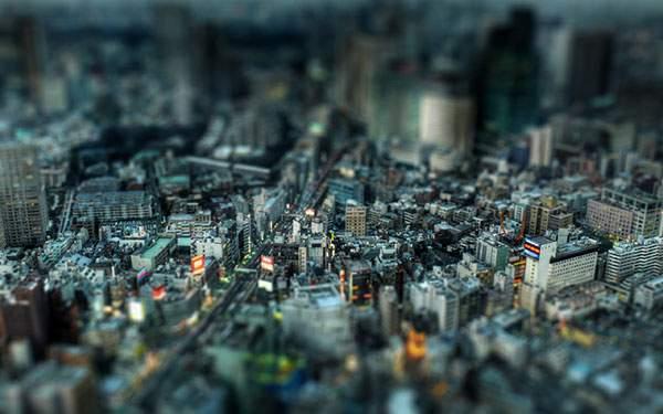 東京のビル街をミニチュア風に撮影したチルトシフト写真壁紙画像