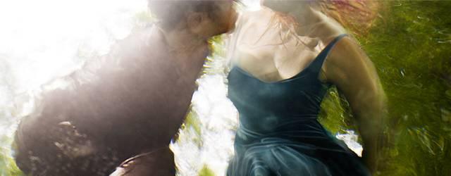 「水」の美しさに魅了された写真家が映し出す、幻想的な水中ポートレート作品
