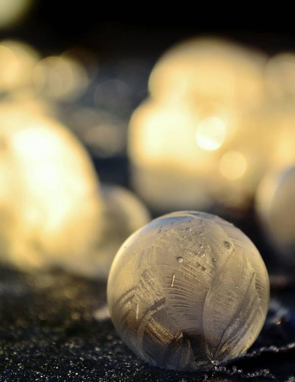 凍ったシャボン玉を撮影した美しい写真作品 - 07