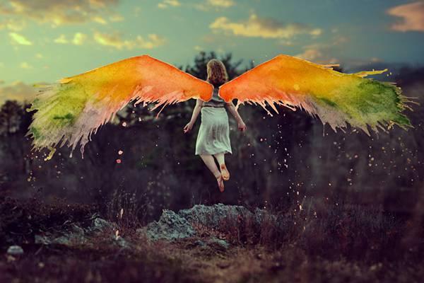 飛び散る水彩塗料が作り出すシュールな世界!美しいセルフポートレート写真作品 - 04