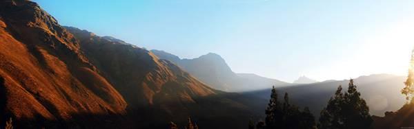 03.ペルーの山脈から登る朝日を撮影した大自然の写真壁紙画像
