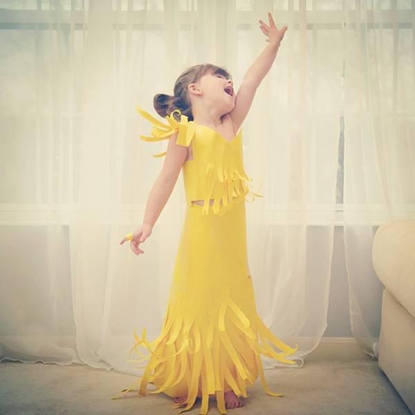 これは可愛い!Mayhem ちゃんの紙のドレスのファッションショー - 01