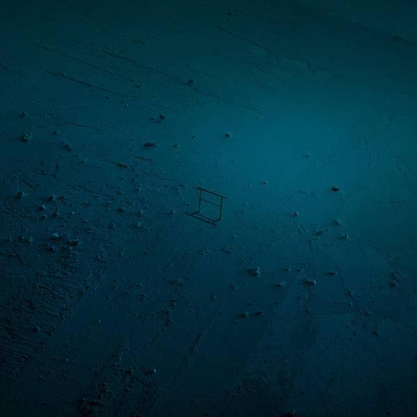 夢の中を漂うような感覚。シンプルでシュールなジオラマ写真作品 - 04