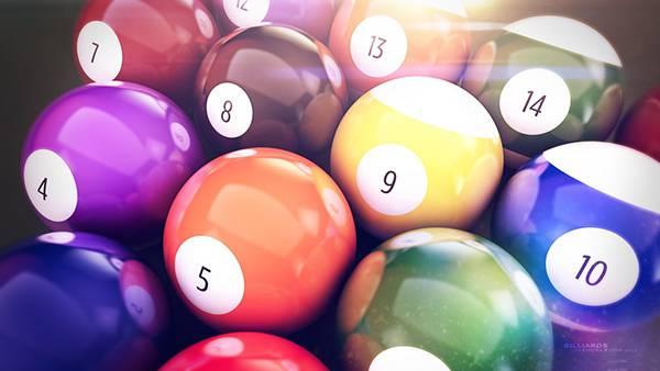 01.ビリヤードのボールを並べて撮影したカラフルで綺麗な写真壁紙画像