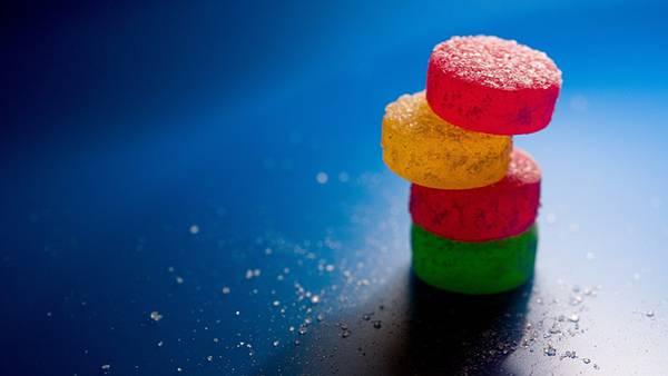 05.重ねた砂糖付きのキャンディーの綺麗な写真壁紙画像