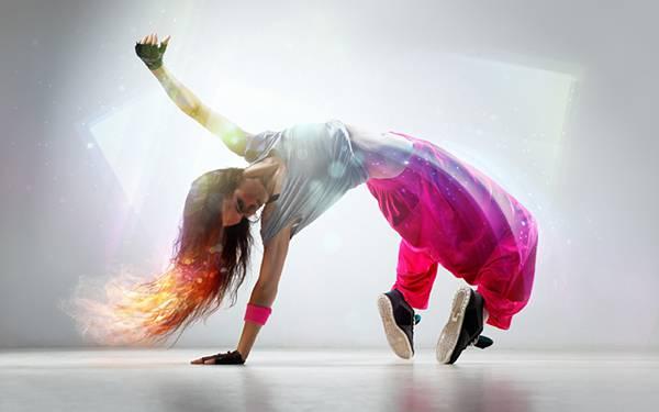 09.鮮やかな色合が綺麗な女性ダンサーのかっこいい写真壁紙画像