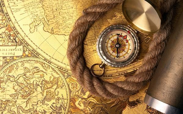08.地図とロープと方位磁石をアップで撮影したカッコイイ写真壁紙画像