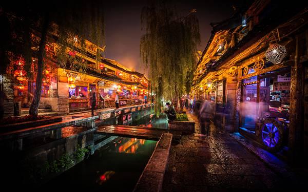 03.中国の夜道を撮影したカラフルで美しいHDR写真壁紙画像