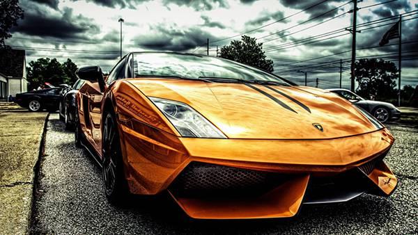 05.スポーツカーをHDRで撮影したメタリックな質感がカッコイイ写真壁紙