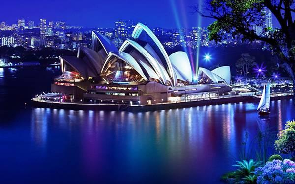 07.ライトアップされたシドニー・オペラハウスの綺麗な写真壁紙画像