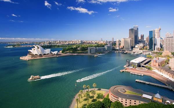 09.シドニー港から出港する客船を撮影した綺麗な写真壁紙画像