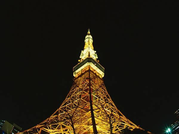 12.東京タワーを中心に写したシンプルな構図の写真壁紙画像
