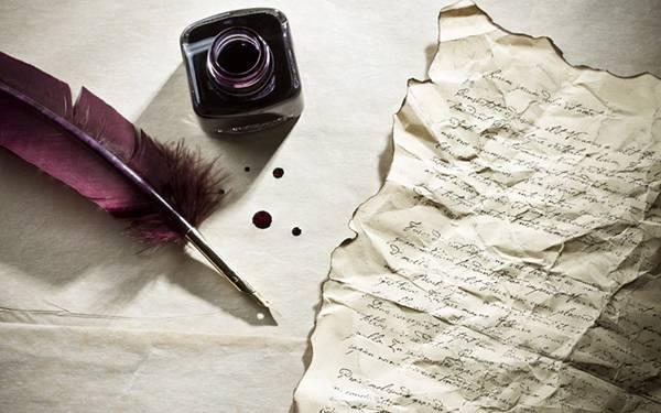 09.インクと羽根ペンとクシャクシャの手紙のおしゃれな写真壁紙画像