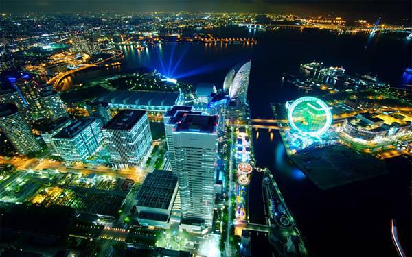 01.横浜の夜景を空撮した美しい写真壁紙画像