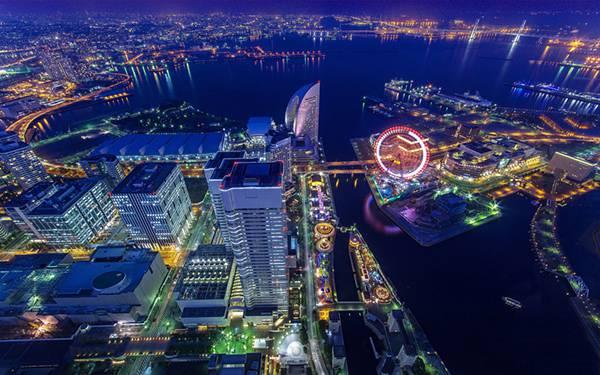 05.横浜の夜の港を一望できる美しい広角写真壁紙画像