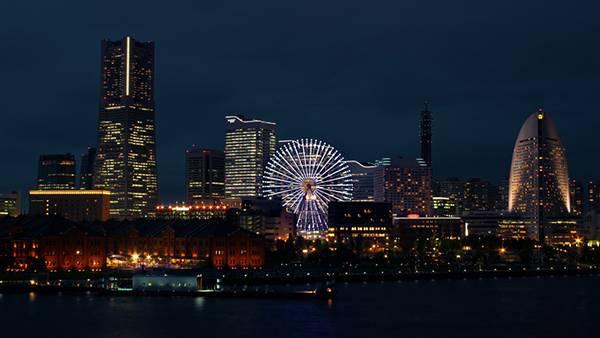 10.大観覧車コスモクロック21を中心に横浜の街を撮影した写真壁紙画像
