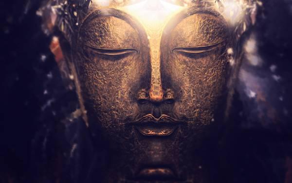 01.神々しく輝く金の仏像の表情を撮影した美しい写真壁紙画像