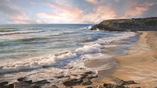01.波の打ち寄せる海岸の風景を撮影した美しい写真壁紙画像