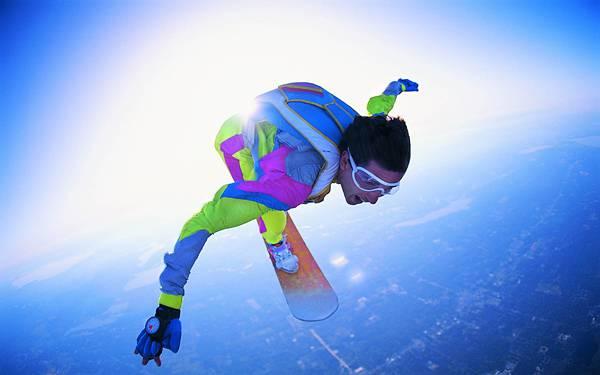 04.スカイサーフィンをする男性を撮影した爽快な写真壁紙画像
