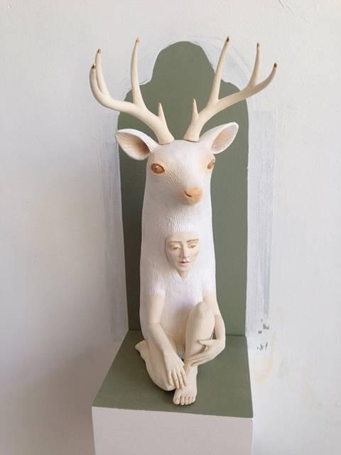 動物のきぐるみを被った人間をモチーフにした彫刻作品 - 06