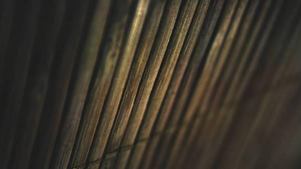 09.古びた竹の質感を浅い被写界深度で撮影した写真壁紙画像