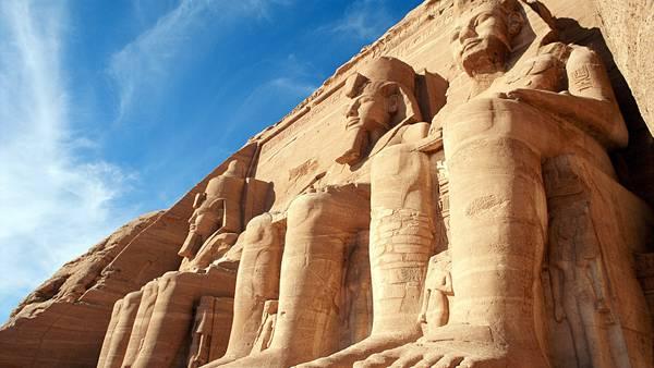 03.エジプトのアブ・シンベル神殿の像を撮影した写真壁紙画像