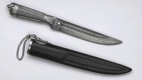 06.ナイフと鞘を並べて撮影した写真壁紙画像