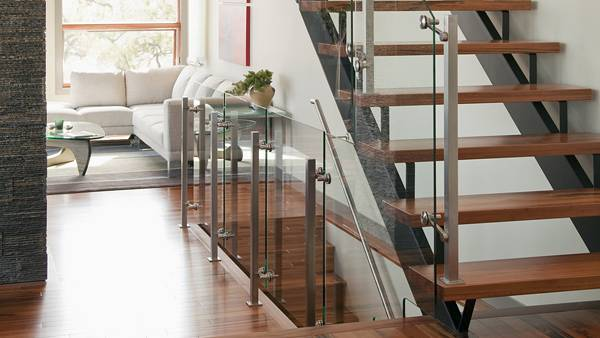 08.おしゃれな部屋の階段を撮影したインテリアの写真壁紙画像