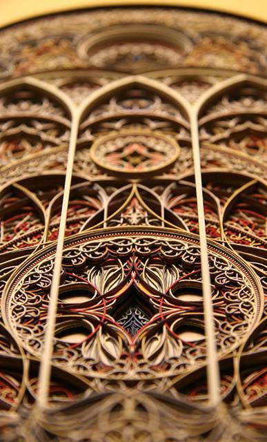 レーザーカットした紙を織り重ねた曼荼羅のようなアート作品 - 07